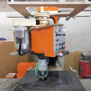 Máquina para contornear manual Ravelli Syrma Carr