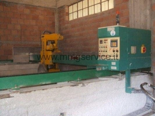 Automatic bridge saw with maximum disk 650 mm