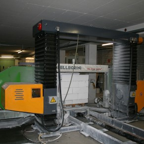 Single wire saw 2D shaping Pellegrini Robot Wire RW 1100 XS