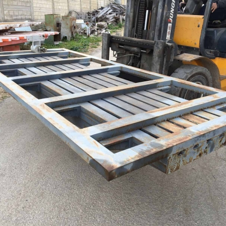 Used hydraulic rotating table for bridge saw