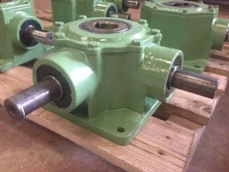 Reduction gears COMES and Bonfiglioli
