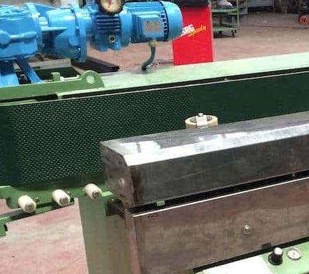 Conveyor belt edge polisher