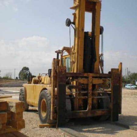 Forklift Caterpillar AH60 - 27000 Kg