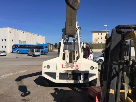 Autogru semovente Lipa TG15T – 15 Tons