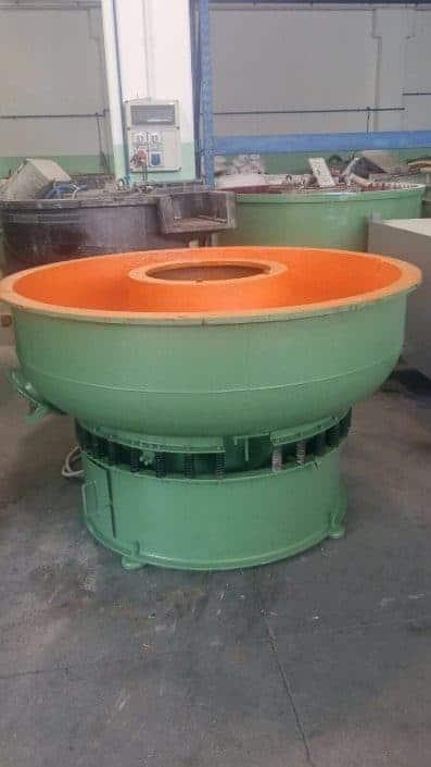 Stone tumbler machine round
