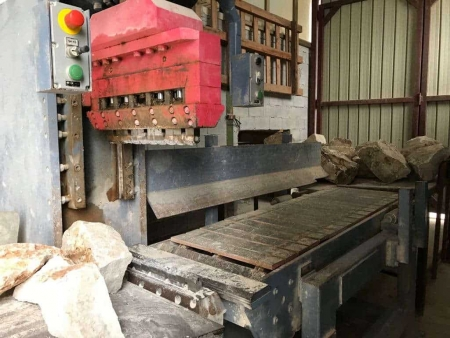 Vertical splitting machine Mec Semi-Trittico - 130 Ton