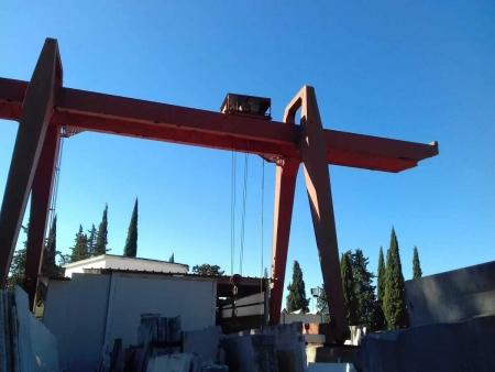 Grúa pórtico Tedeschi e Porcelli 5 Tons – 8.5+5+5 m