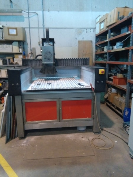 Máquina CNC Helios Millennium 2002 Plus – 3 Ejes