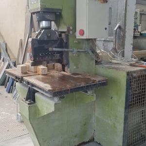 Maquina de corte Galas SOC GM – 40 Ton