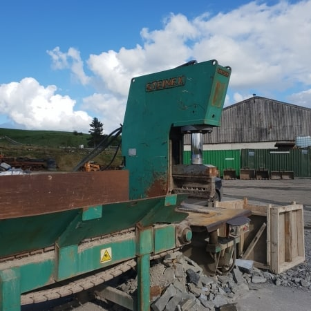 Vertical splitting machine Mec Igloo – 120 Ton