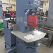 Vertical splitting machine Mec C200 – 24 Ton