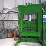 Spaccatrice-trancia verticale Steinex S250 - 250 Ton
